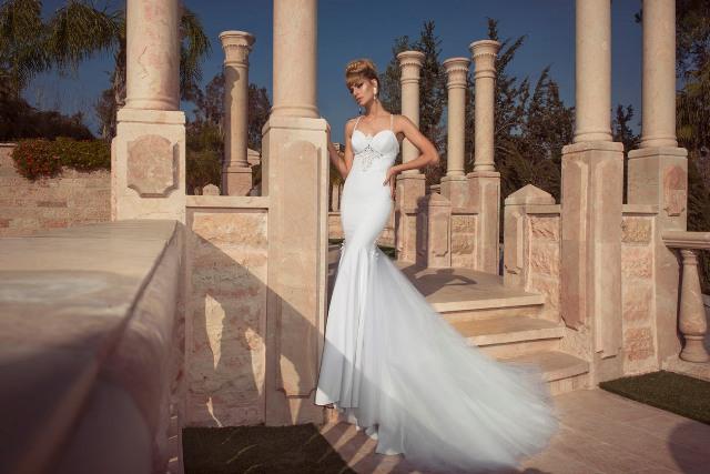 בחירת שמלות כלה לחצי להגדלת התמונה